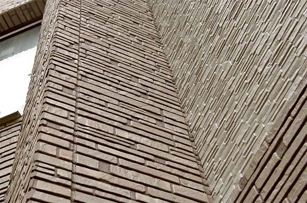 Стена отделанная фиброцементным сайдингом